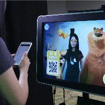 掃描二維碼獲取照片,即時分享至社交平台